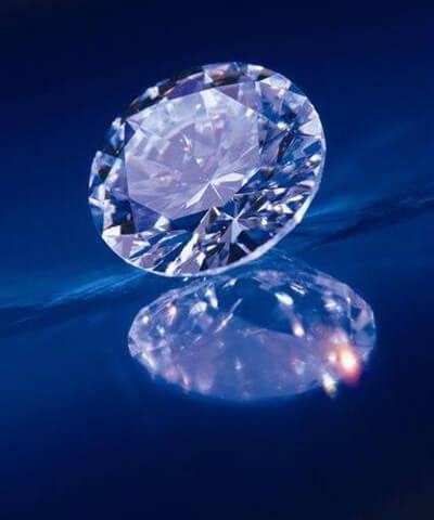 Brillanter Diamant, eine weitere Bestattungsform