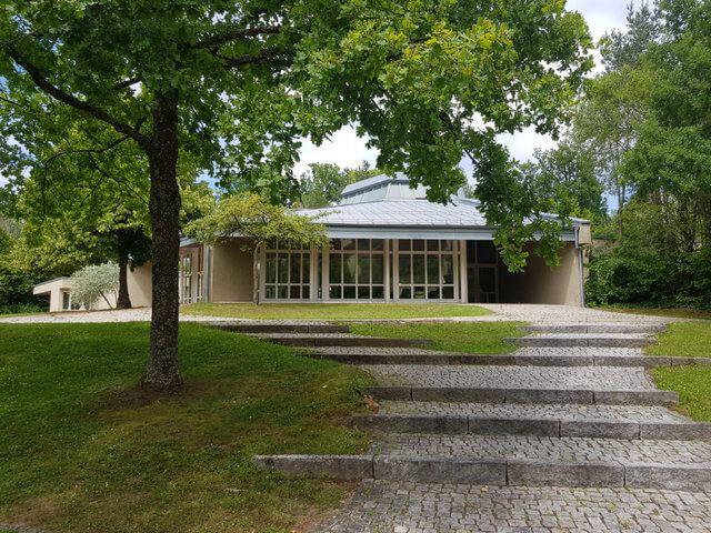Waldfriedhof Gerlingen Gebäude